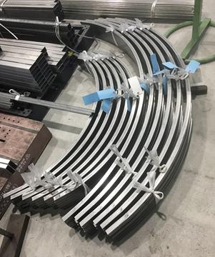 スチール鋼管 弓曲げ 外1115Rと外725R